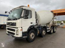 Camión Volvo FM9 380 cisterna de cemento usado