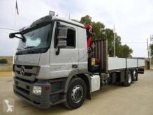 Camion platformă Mercedes