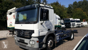 Camion châssis Mercedes Actros Actros 2/3 2-Achser 6 Zyl. BM 930/2/4 1832 OM