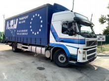 Camion Volvo FM9 rideaux coulissants (plsc) occasion