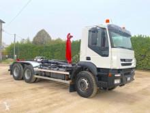 Camion polybenne Iveco Trakker 260T38 6X4 DOPPIA TRAZIONE SCARRABI