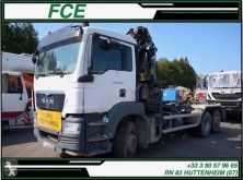 Camion MAN TGS polybenne accidenté