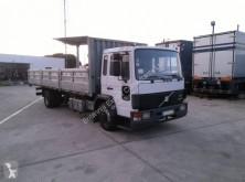 Camión caja abierta teleros Volvo FL6 14