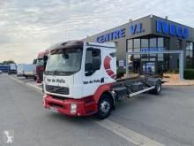 Camión chasis Volvo FL 240-14