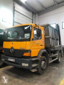 Camion multibenne occasion Mercedes Atego 1828