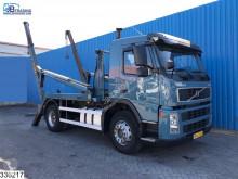 Camião Volvo FM9 300 usado