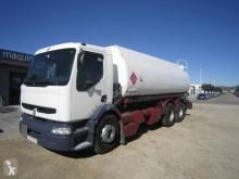 Камион цистерна Renault