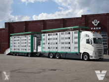 Volvo cattle trailer truck FH 500