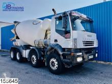 Camion Iveco Trakker 440 béton toupie / Malaxeur occasion
