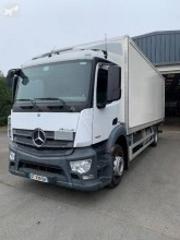 Camion fourgon polyfond occasion Mercedes Antos 1830 L