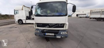 Used tautliner truck DAF LF 45.220