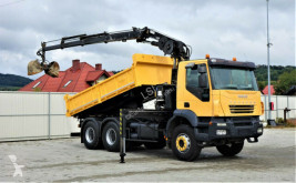 Ciężarówka Iveco TRAKKER 380 Kipper 4,50m+Kran/FUNK*6x4*Topzustan wywrotka używana