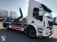 Iveco 260.25 truck used hook arm system