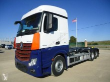 Camion multiplu second-hand Mercedes Actros 1832