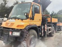 Teherautó Unimog U500 4x4 4x4 mit Kran MKG HLK 300-A6, 16,5m-1200kg, Funk használt