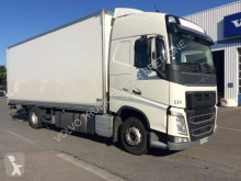 Camion fourgon Volvo FH 460