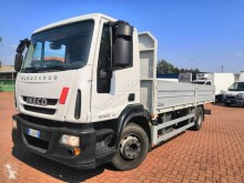 Camion plateau ridelles Iveco Eurocargo 150 E 25