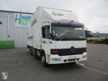 Camion fourgon Mercedes 1223
