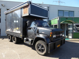 Camion GMC Brigadier 8000 Podiumwagen,Foodtruck,VIP bar Lounge,Catterpillar 3208 V8 plateau occasion