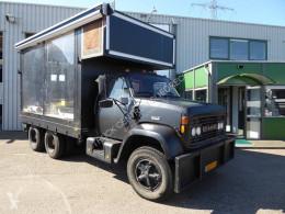 Camión GMC Brigadier 8000 Podiumwagen,Foodtruck,VIP bar Lounge,Catterpillar 3208 V8 caja abierta usado