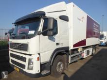 Ciężarówka Volvo FM 300 chłodnia z regulowaną temperaturą używana