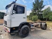 Vrachtwagen Mercedes 1314 tweedehands chassis
