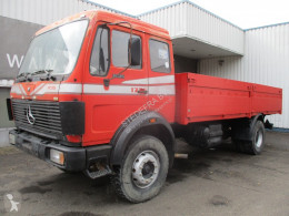 Used flatbed truck Mercedes 1626