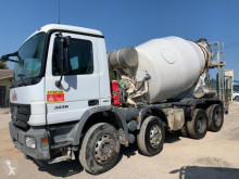 Kamyon beton transmikser / malaksör Mercedes Actros