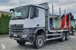 Ciężarówka dłużyca Mercedes