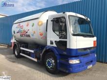Camion citerne produits chimiques Renault Premium 270
