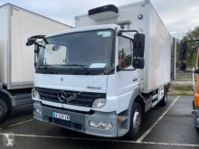 Camião frigorífico multi temperatura Mercedes Atego 1018