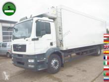 MAN refrigerated truck TGM 18.250 4x2 Carrier 950 MT LBW Trennwand