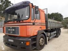 MAN 26.403 outros camiões usado