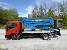Camion nacelle Nissan Sequani ZED 20 C