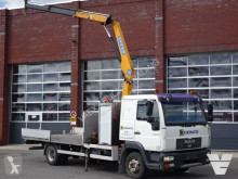 MAN LE 8.220 truck used flatbed