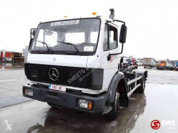 Mercedes container truck SK 1722