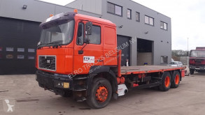 Camion plateau MAN 24.463 (6 CYLINDER WITH MANUAL PUMP AND ZF-GEARBOX / 10 TIRES)