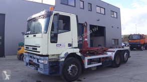 Camion porte containers Iveco Eurotech