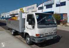 Camion Nissan Cabstar E 110 plateau occasion