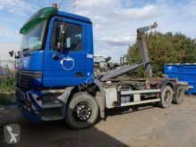 Camion porte containers Mercedes 2640/7.5