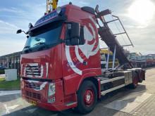 Camión Volvo FH13 portacontenedores usado
