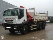 Camión Iveco Eurotrakker 260E36 volquete volquete bilateral usado