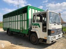 Camion Volvo FL 614 bétaillère bovins occasion