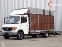Camion van à chevaux Mercedes 814