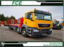 Camion MAN TGS 32.360 transport utilaje accidentat