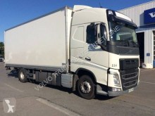 Volvo FH 460 truck used box
