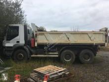 Camion benne Iveco Trakker 380