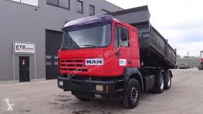Camion benă MAN 33.403
