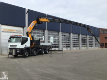 Camion platformă Iveco Trakker