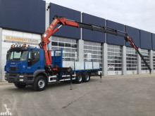 Камион Iveco Trakker платформа втора употреба